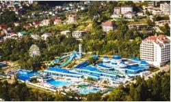 отель в Сочис большой территорией с бассейном и горками все включено