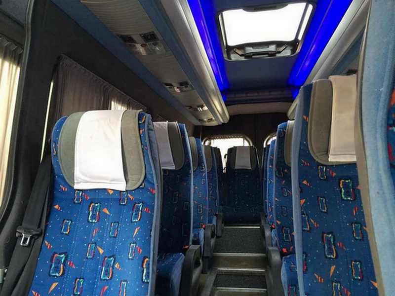 Фото 2 микроавтобуса